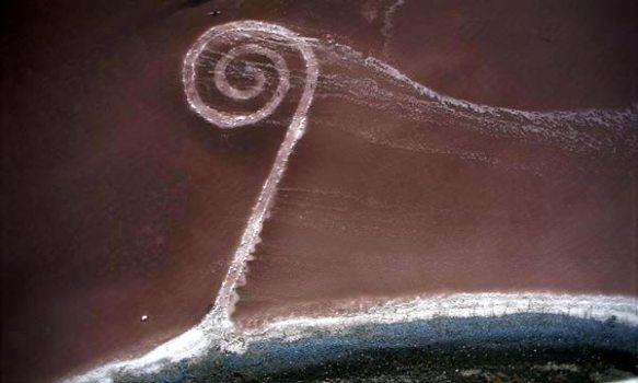 La Spiral jetty di Robert Smithson.